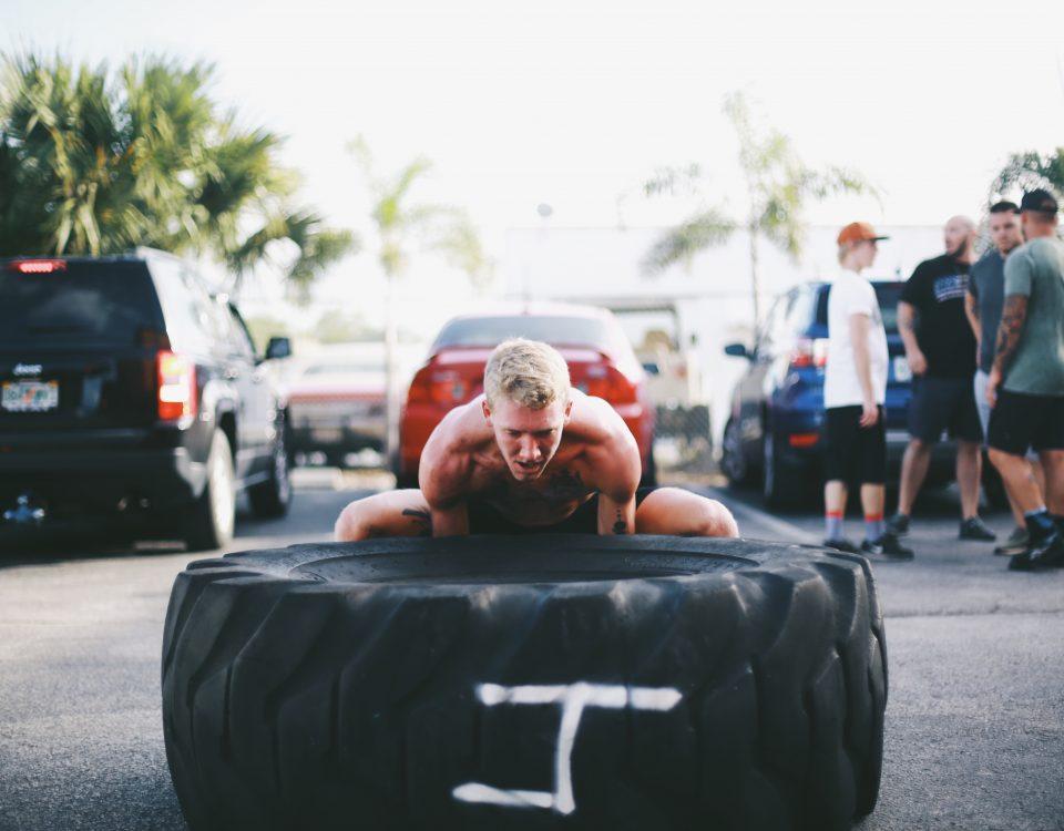 crossfit 1401 strongman tire flip
